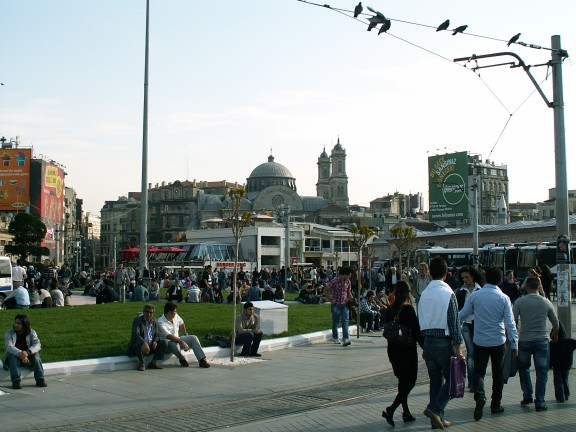 0053 - Istanbul - Taksim Square - Hagia Triada - Orthodox Church