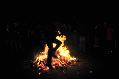 Chaharshanbeh-Suri-Persian-Fire-Jumping-Festival-2013