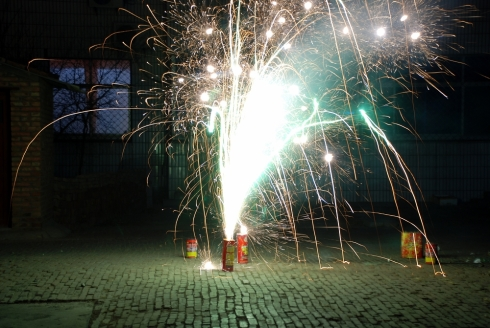Chinese-New-Year-fireworks-fountain-Fox-Z