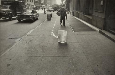 9 06-winogrand15-superJumbo